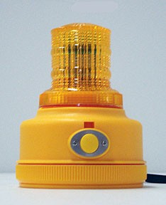 North American Signal Battery Powered LED Beacon With Magnet And Photocell-PSLM4
